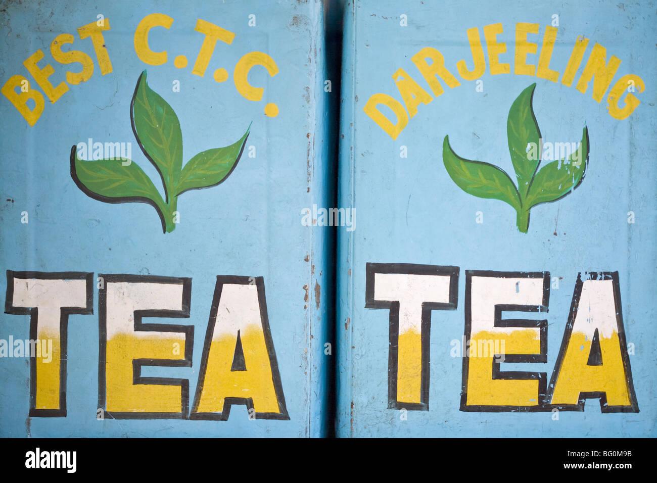 Chá para venda, o Mahatma Gandhi Marg (MG Marg), a principal rua comercial de Gangtok, Gangtok, Sikkim, Índia, Imagens de Stock