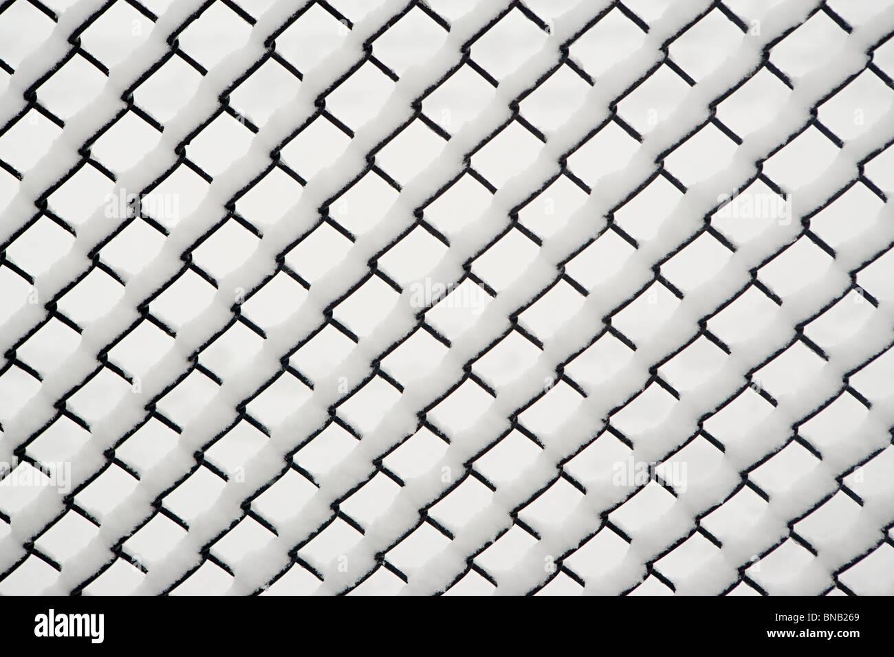 Neve em uma cadeia paralela de link Imagens de Stock