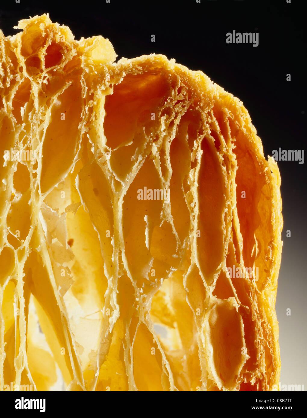 Close-up do cozido esfarelando pastelaria Imagens de Stock