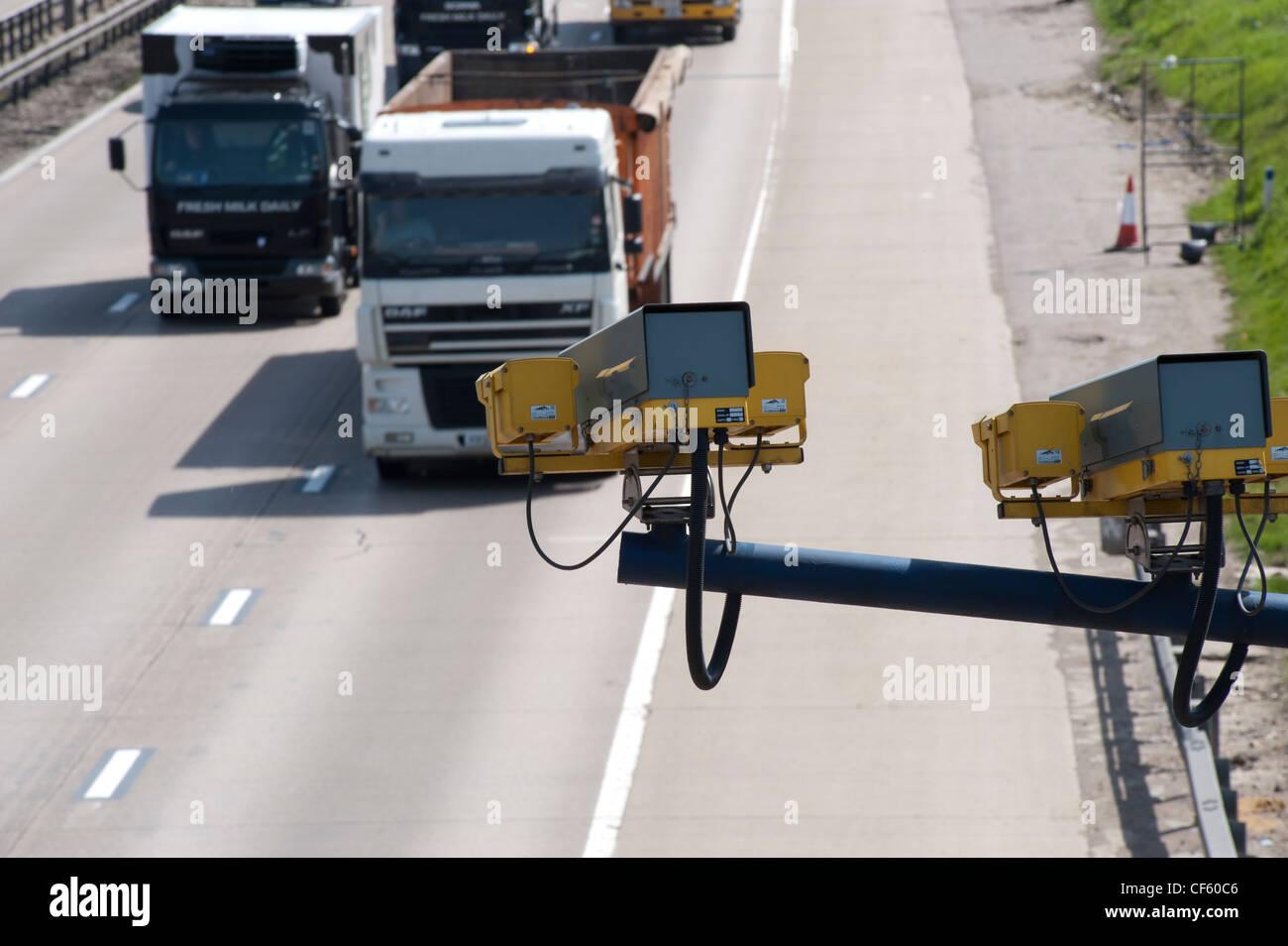 Circuito Fechado De Tv : Cctv circuito fechado de televisão monitorar o tráfego na m em