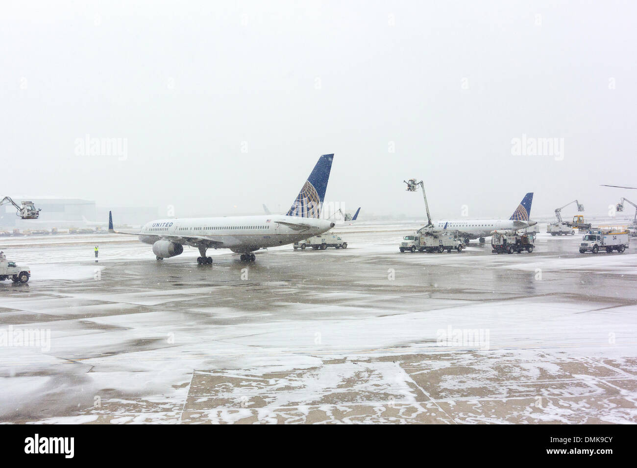 Aeroporto Ewr : Aviões a ser congelado no ewr aeroporto internacional newark