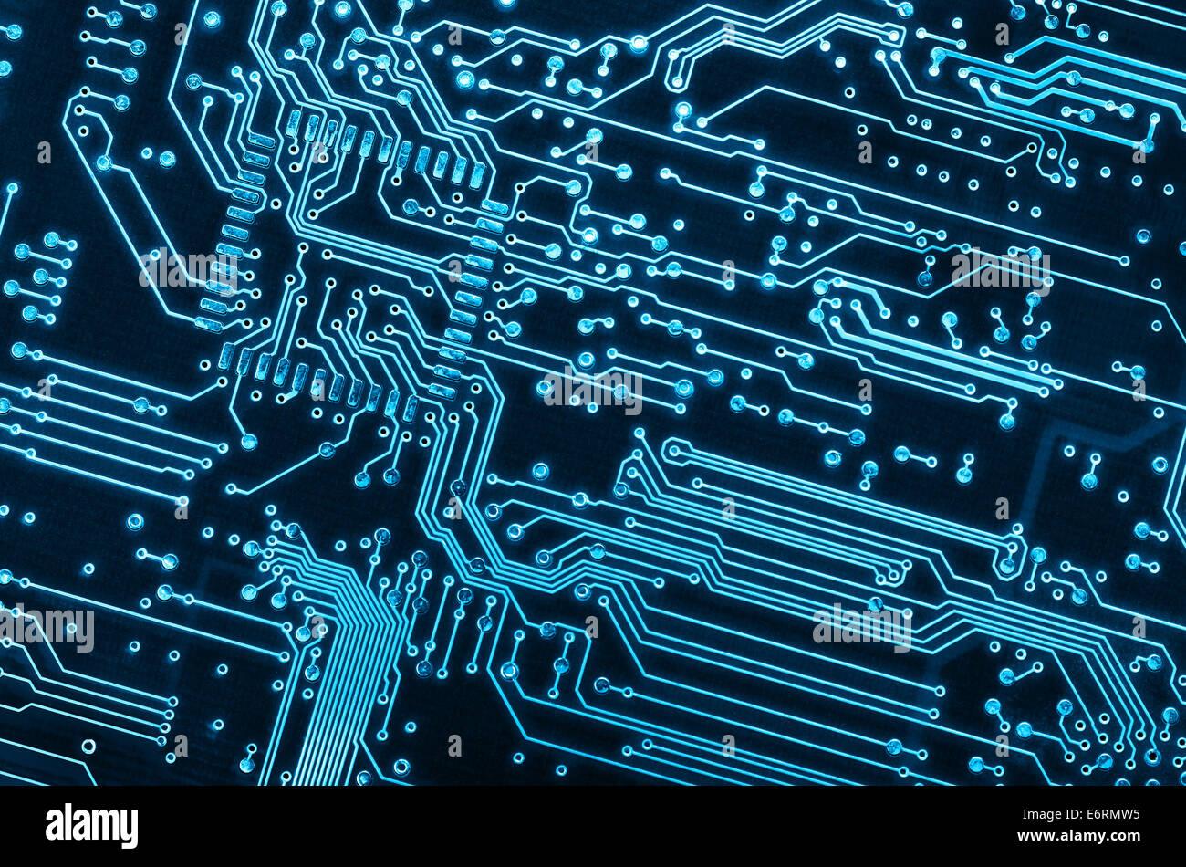 Circuito Eletronico : Close up de fundo de uma placa de circuito eletrônico azul foto