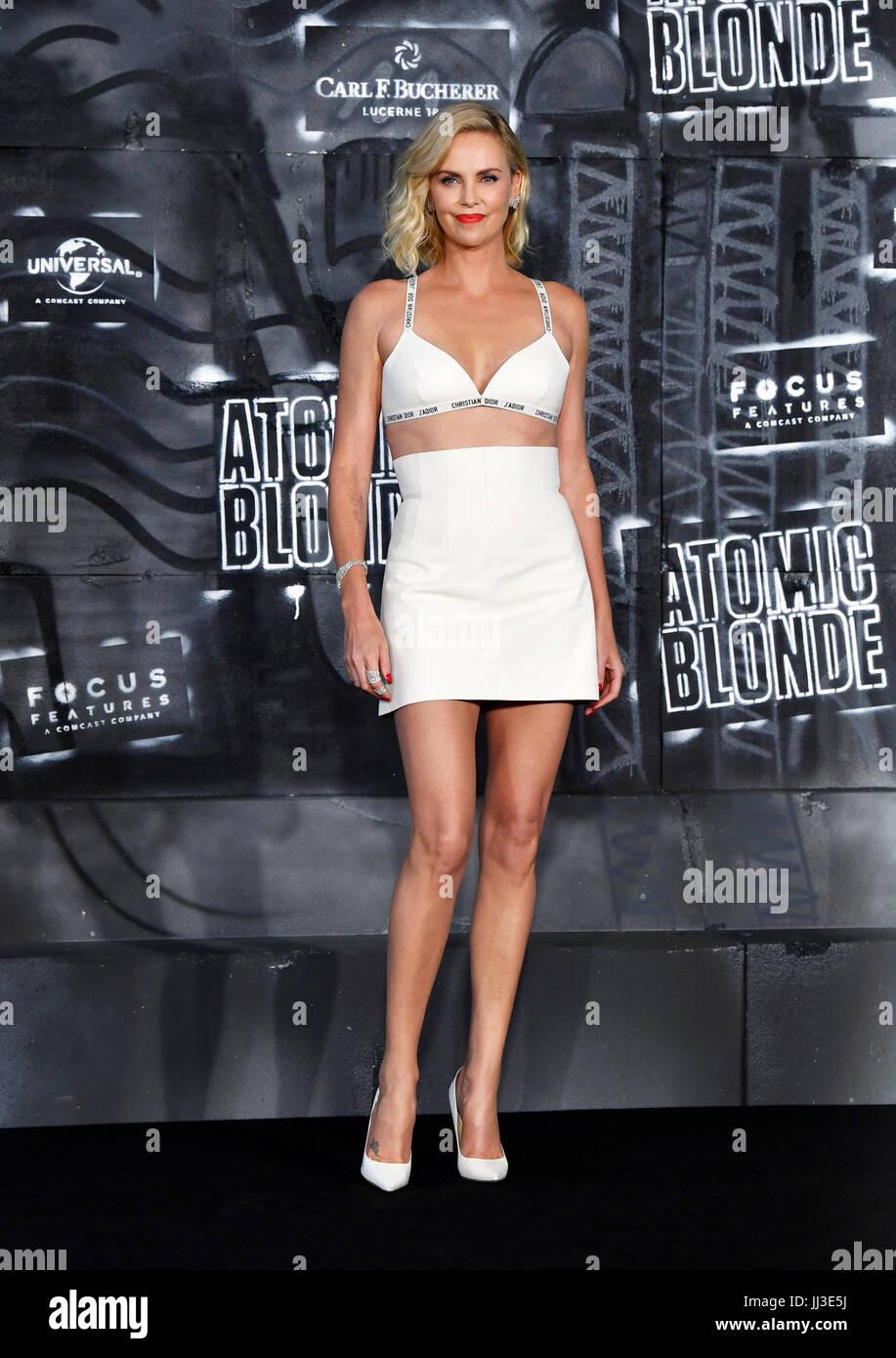 Berlim, Alemanha. 17 de Julho, 2017. Atriz Charlize Theron na estreia mundial da American spy thriller de acção Imagens de Stock