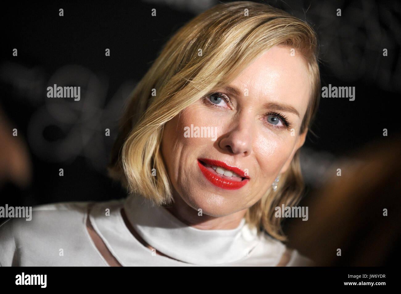 """Naomi Watts participa de """"o castelo de vidro"""" new york screening no sva theater em agosto 9, 2017 em Nova Imagens de Stock"""