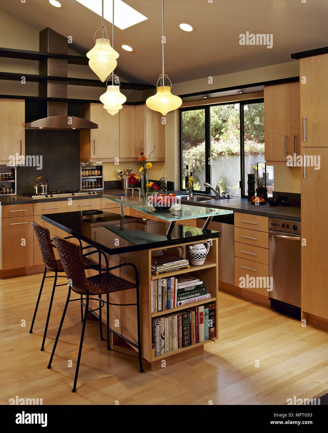 Cozinha Moderna Unidades Wood Bancadas Em Granito Preto Unidade