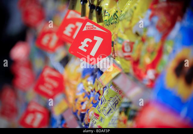 supermarket-shelves-with-price-crunch-pr