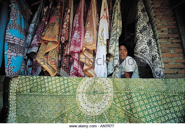 ubud-batik-shop-an7r77.jpg