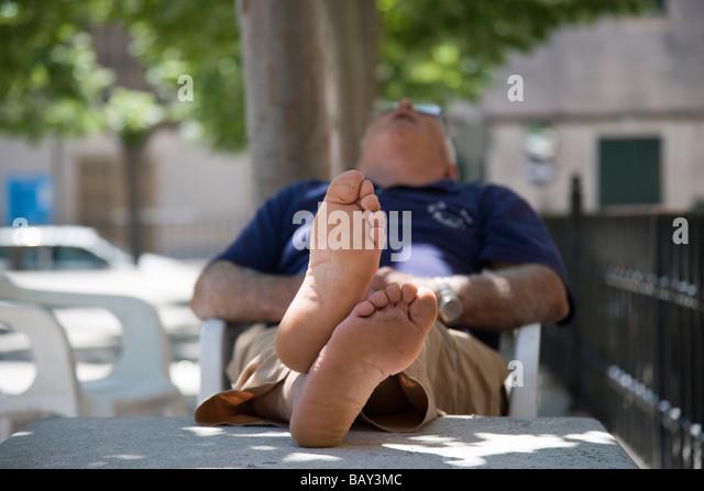 siesta-in-sa-pobla-plaza-sa-pobla-mallor