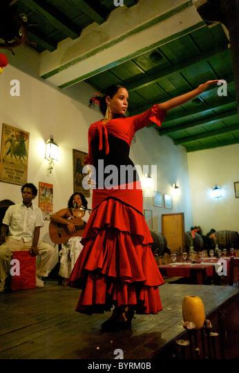Dancing in a club, Havana club. - Stock Image