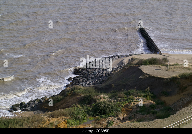 management affect coastal processes walton naze Coastal management introduction  coastal processes - quiz  retain wide sandy beaches and do not affect access to the beach.
