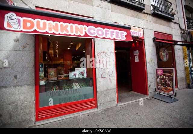 dunkin donuts coffee market structure The market structure is a it sells about 52 varieties of donuts and more than a dozen coffee beverages as dunkin donuts' team-oriented design has.