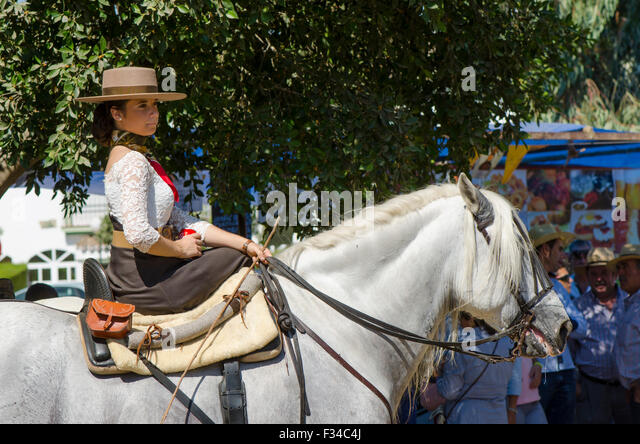 young-girl-in-traditional-dress-horserid