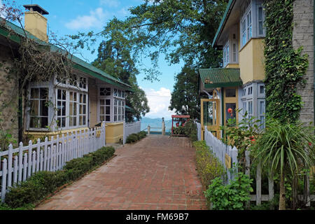 British Raj-era house and bungalow at Hotel Windamere, Observatory Hill, Darjeeling, West Bengal, India. - Stock Image