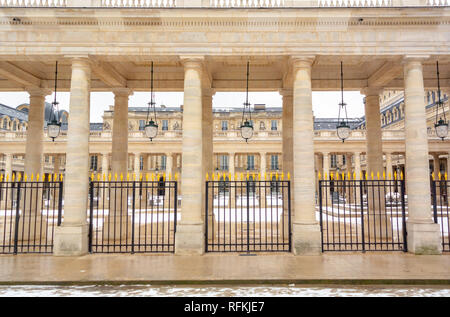 Palais Royal garden and the Conseil d'État, the Constitutional Council, and the Ministry of Culture, Palais Royal, Paris, France, Paris, France - Stock Image