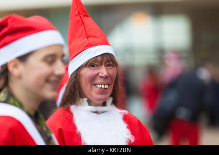 Bexhill-on-Sea, East Sussex, UK. 3rd December, 2017. The annual Bexhill Santa dash now in it's fourth year has - Stock Image