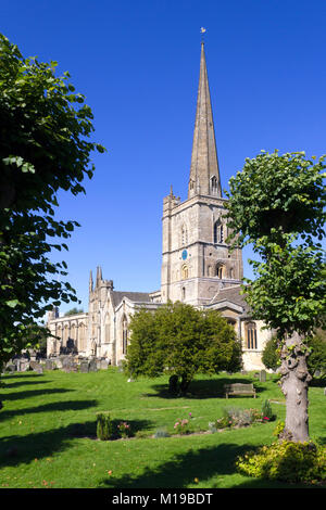 The historic 'wool church' at Burford in the Cotswolds, Oxfordshire, UK - Stock Image