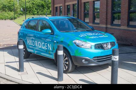 Nissan Qashqai car adapted to burn a mixture of hydrogen and petrol, University of Sunderland, England, UK - Stock Image