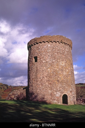 Orchardton Tower, a defensive round house or pele (peel) tower built around 1460 by John Cairns, Dumfries & - Stock Image