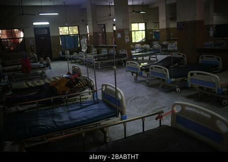 Dhaka, Bangladesh. 26th Mar, 2020. Fear of amid spread of COVID-19 left Shaheed Suhrowardy Medical College almost empty. Total 44 people have been infected by Covid-19 in Bangladesh, of whom 5 died confirmed by IEDCR. (Photo by Md. Rakibul Hasan/Pacific Press) Credit: Pacific Press Agency/Alamy Live News - Stock Image