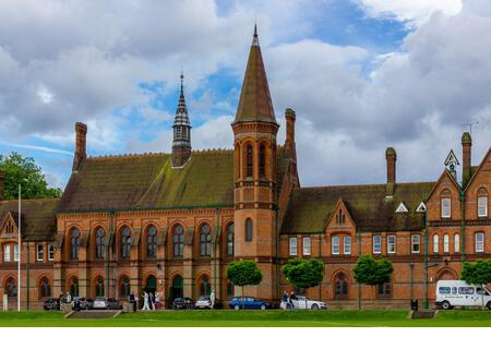 The gothic exterior of Reading School, Reading, designed by Alfred Waterhouse, and opened in 1871. - Stock Image