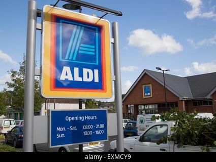 Aldi shop sign, Abergavenny, Monmouthshire, South Wales, UK - Stock Image