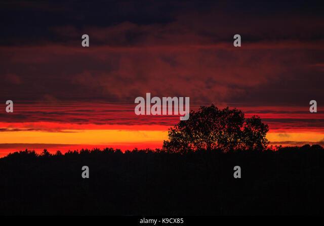 beautiful-sunset-with-bright-orange-glow