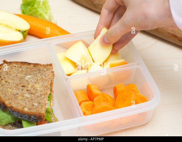 Preparing a packed lunch - Stock Image