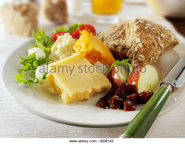 Ploughman's lunch, UK - Stock Image