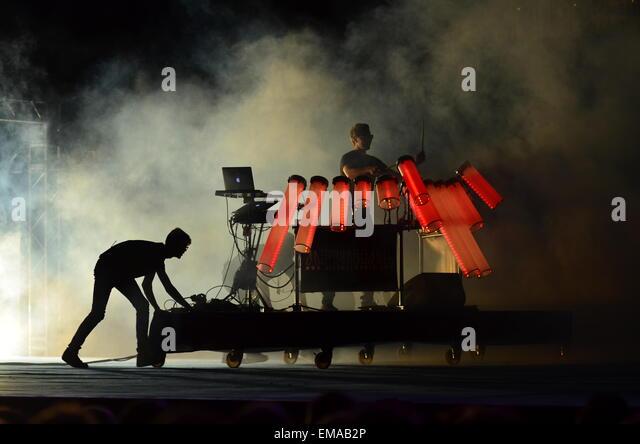 afishal-visual-musician-dj-with-smoke-in