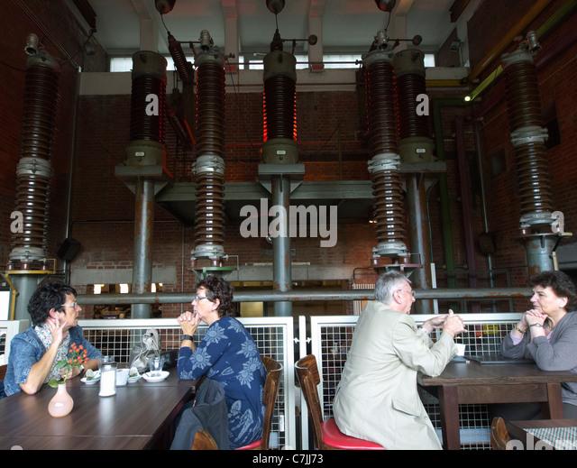 Dating cafe duisburg - alainaferryclub