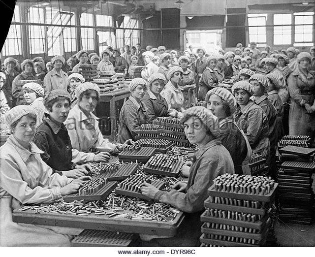 women and munition making