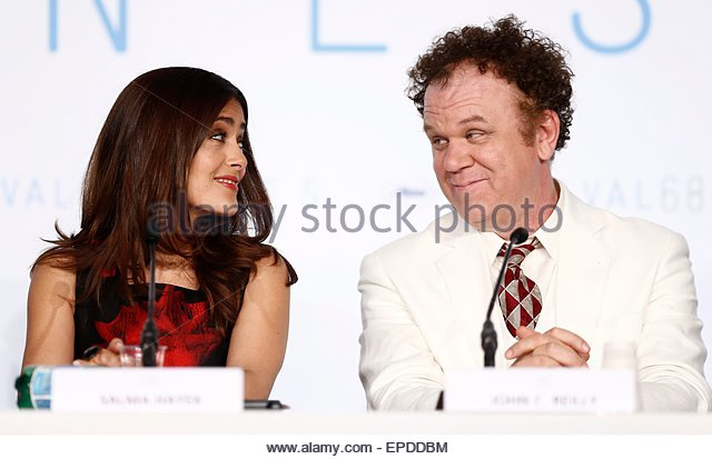 epa04747675 Mexican actress Salma Hayek (L) and US actor John C. Reilly (R) attend the press conference for 'Il - Stock Image