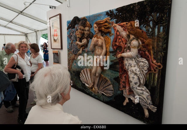 Oxford, OXON, UK. 17th July, 2015. Artists, craftsmen, performers and musicians gather at the World Famous, Art in Action 2015, held at Waterperry Gardens, Oxford, Oxfordshire. Credit:  Stanislav Halcin/Alamy Live News - Stock Image