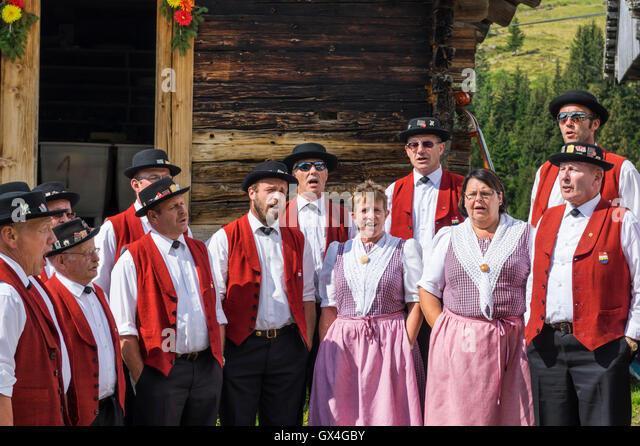 mixed-yodeling-choir-jodlerklub-muotatha