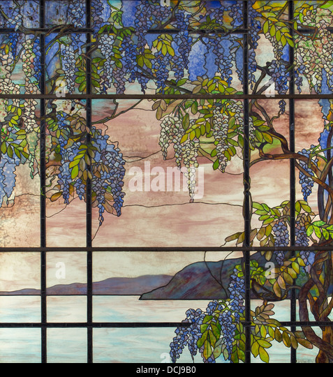 20th century - View of the Oyster Bay - Louis Comfort Tiffany (New-York City, 1908) - Limestone, ceramic, and - Stock Image