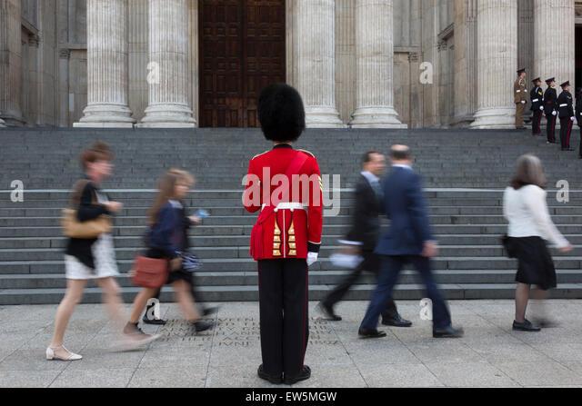 london-uk-18-june-2015-a-guardsman-stand