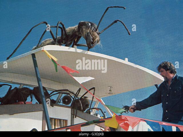 Ants movie war