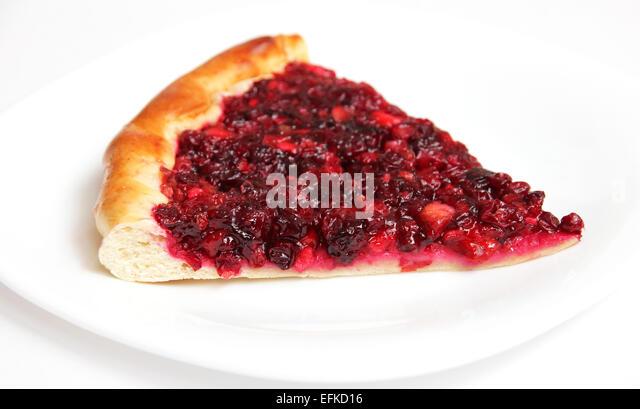Пирог с клюквой и брусникой