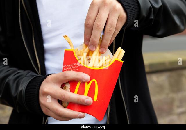 mcdonald-s-fries-ej52wj.jpg