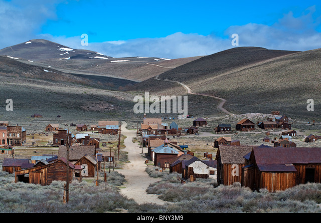 historic-ghost-town-of-bodie-hill-state-