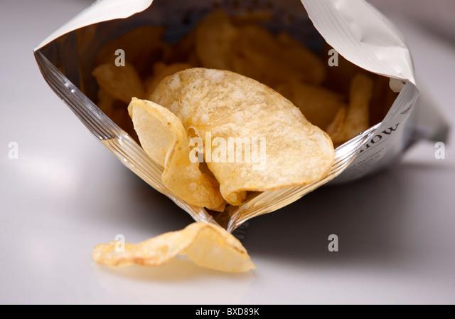 bag-of-crisps-bxd89k.jpg