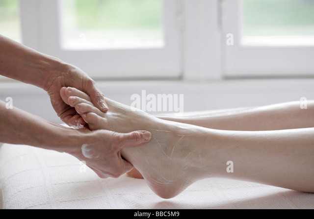 Hand foot mouth disease treatment for adults