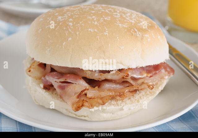 bacon-sandwich-or-bacon-roll-selective-f