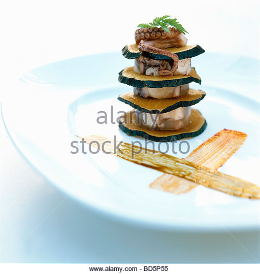 Tower of octopus and radish - Stock Image