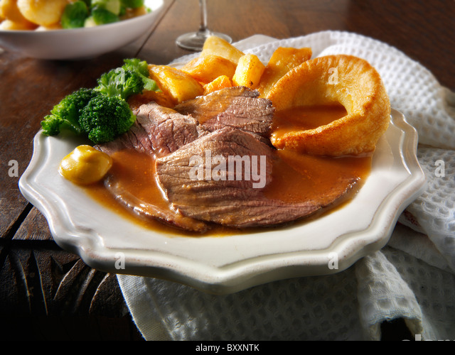 roast-beef-yorkshire-pudding-and-gravy-b