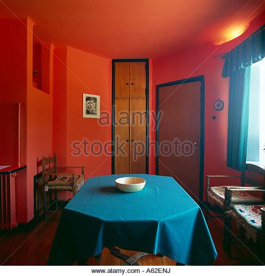 Rotes Esszimmer Fur Intensive Einladende Atmosphare