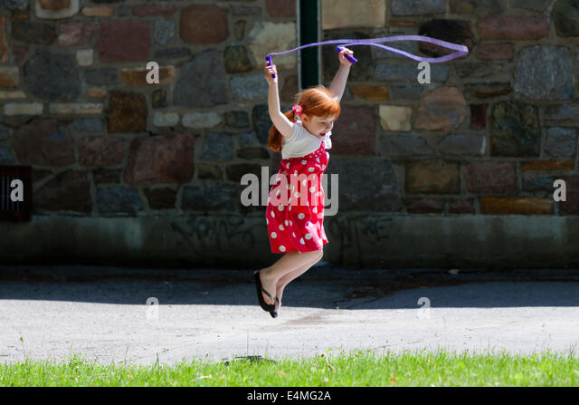 images of girls jumping rope № 13240
