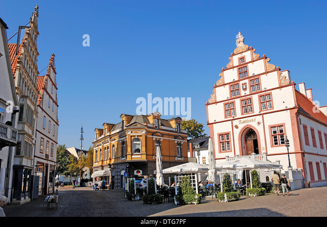 Bus from, bad, salzuflen to, halle, cheap tickets CheckMyBus