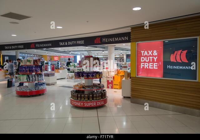 Торговый центр барселоны maremagnum единственный, который работает 365 дней в году