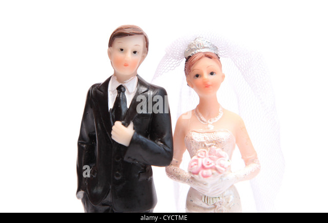 close-up-of-a-bride-and-groom-cyctme.jpg